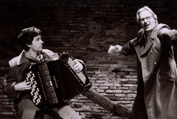 Didier Dulieux (à l'accordéon) et Jean-Pierre Tailhade. Cave Poésie, Toulouse.  © Carlos Medeiros